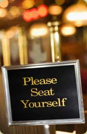 restaurant seating etiquette